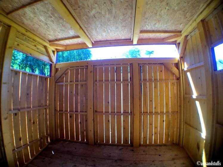 royaumont - la cabane.JPG
