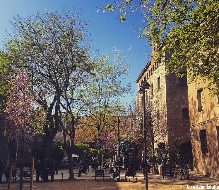 Barcelone Bibliothqèe.jpg