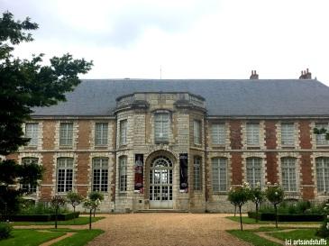 chartres-palais-episcopal