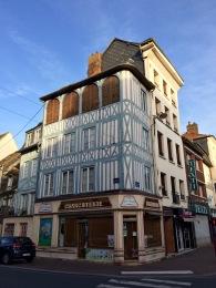 Le vieil Elbeuf, rue des Martyrs